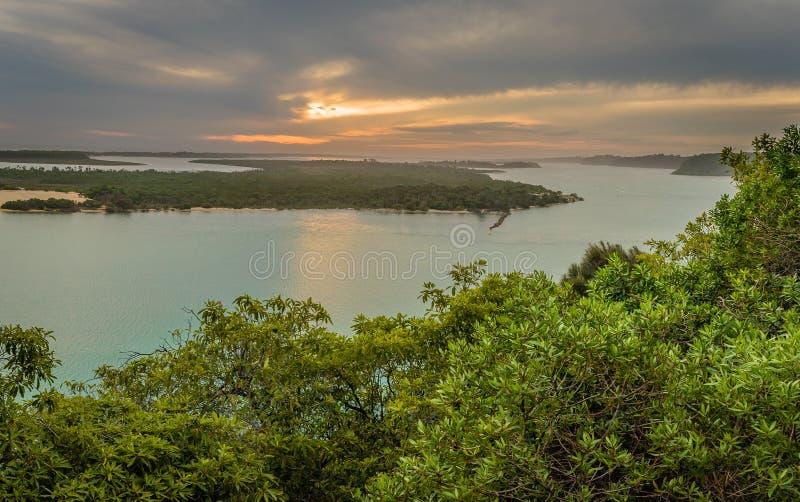 湖在从Jemmys点监视的澳大利亚视图入 免版税库存照片