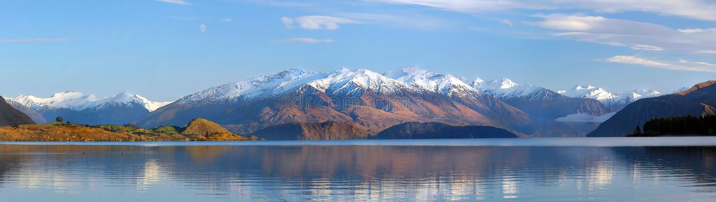 湖新的全景wanaka西兰 免版税库存照片
