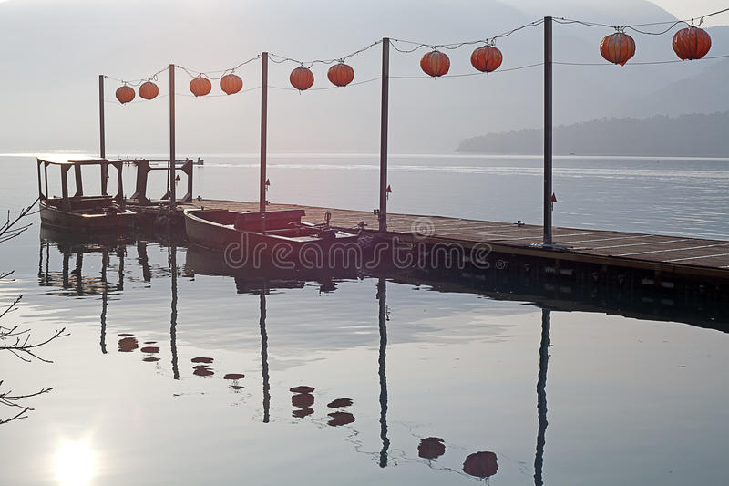 湖月亮南投星期日台湾 库存图片