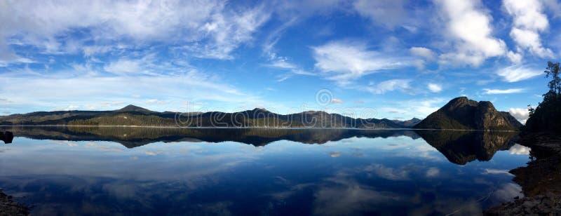 湖梅肯套希,塔斯马尼亚岛,澳大利亚 免版税图库摄影