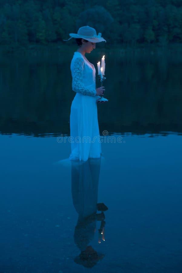 湖的夫人 库存照片