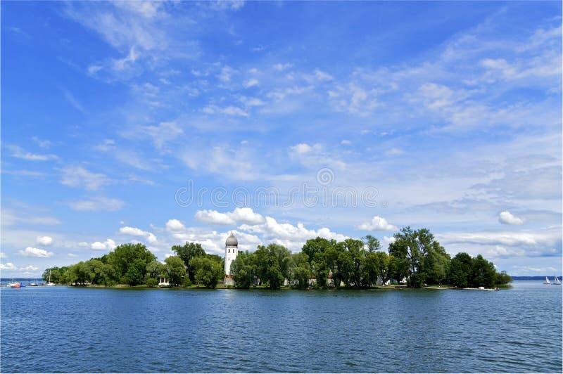 湖的Chiemsee海岛 库存照片