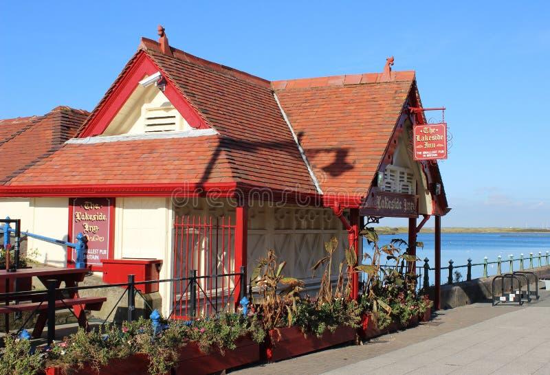 湖边旅馆最小的客栈在英国 免版税库存照片