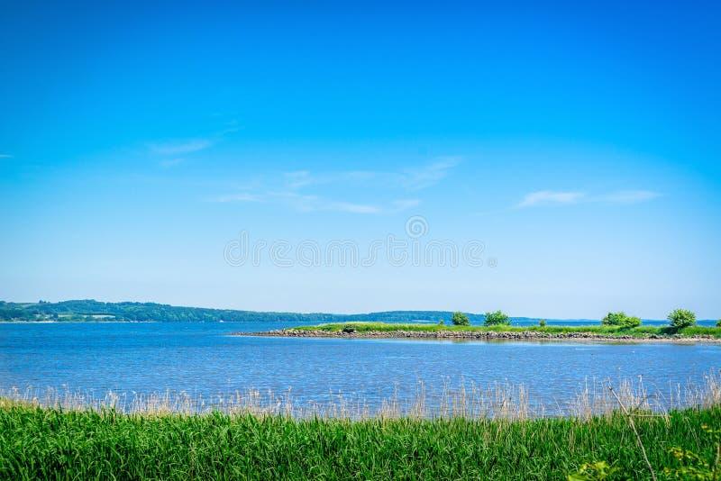 湖风景夏令时 库存照片