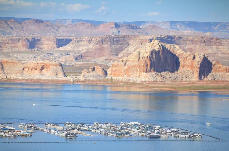 湖鲍威尔小游艇船坞,亚利桑那,美国 库存图片