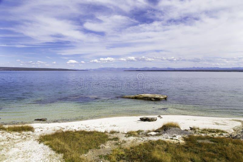 湖黄石 免版税库存图片