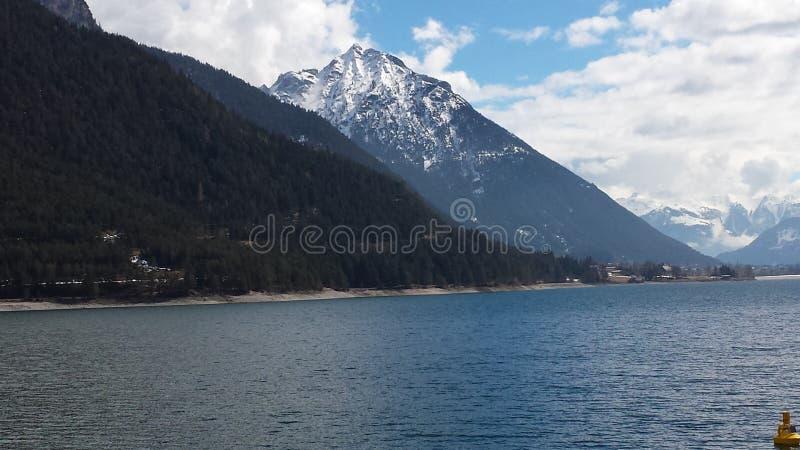 湖Achen 免版税图库摄影