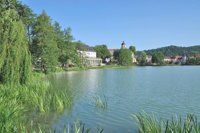 湖Burgsee,巴德萨尔聪根,图林根州,德国 免版税库存照片