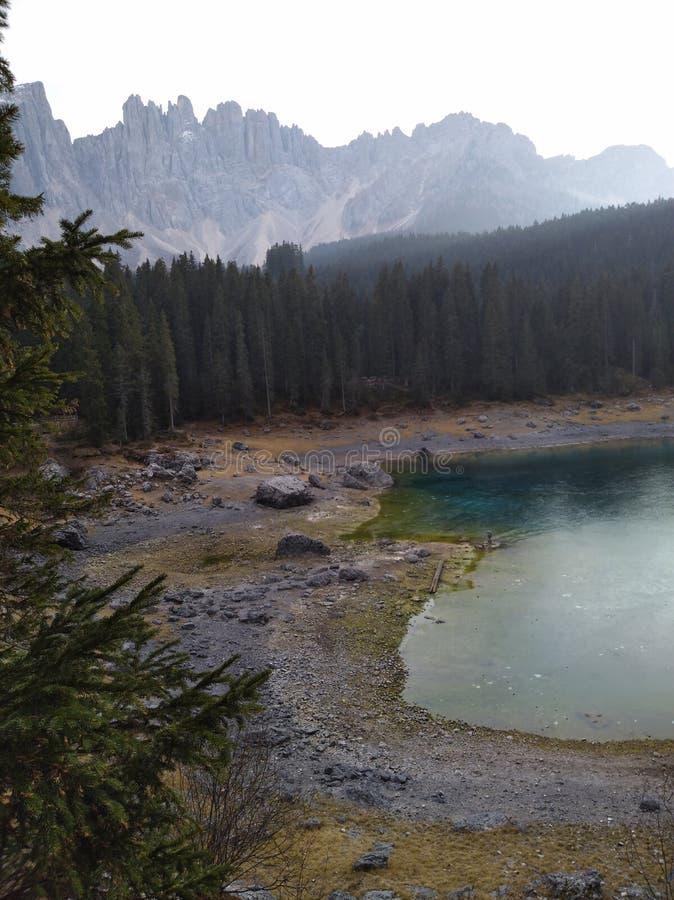 湖Carezza 图库摄影
