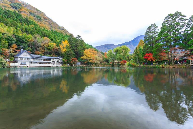湖Kinrinko在Yufuin,九州,日本 免版税库存图片