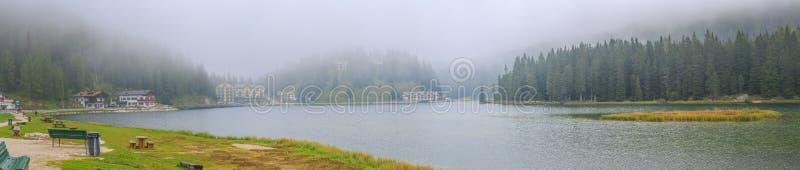 湖Misurina 免版税库存照片