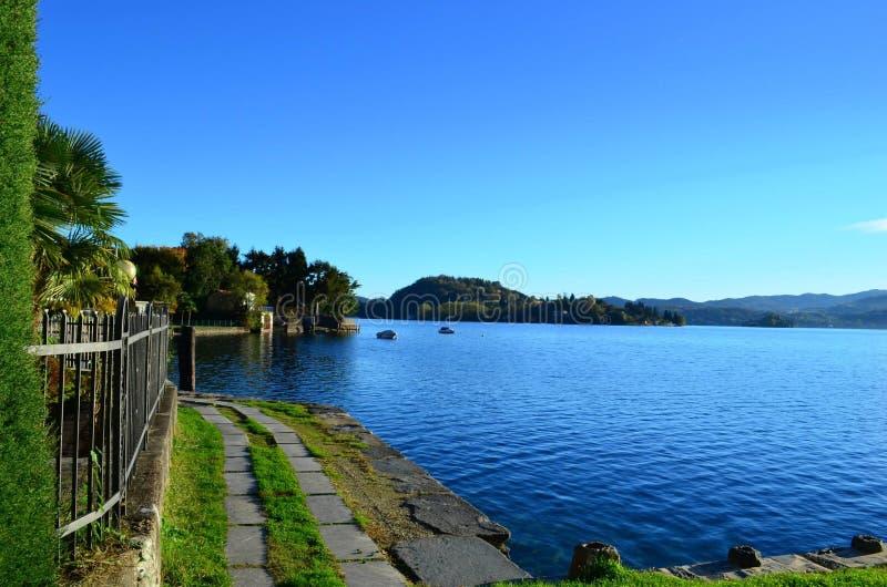 湖Orta风景 库存图片