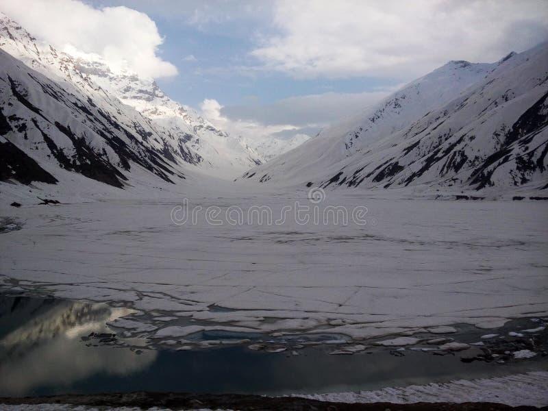 冻湖Saif ul Malook 免版税图库摄影