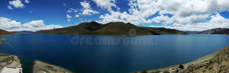 湖yamdrok 库存图片