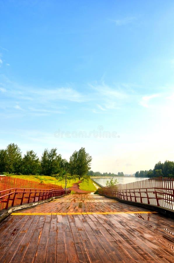 湿桥梁 免版税库存照片