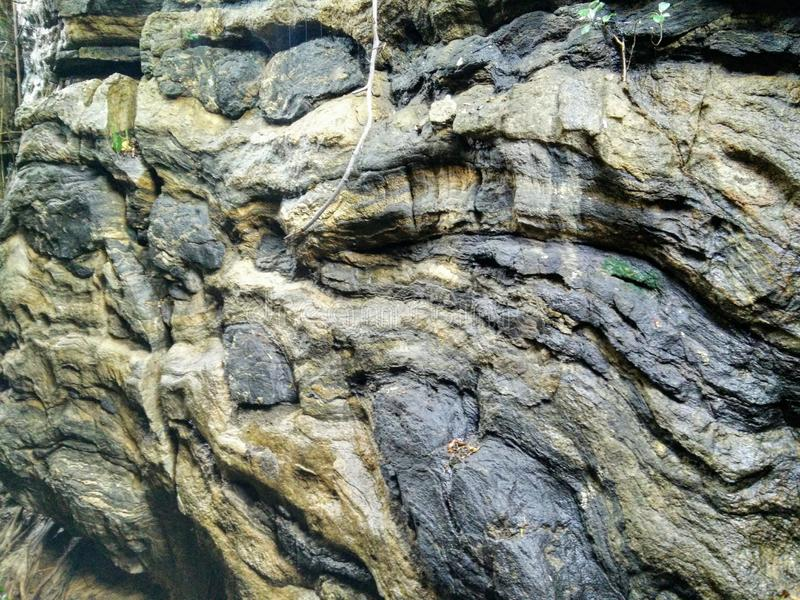 湿的岩石 库存图片