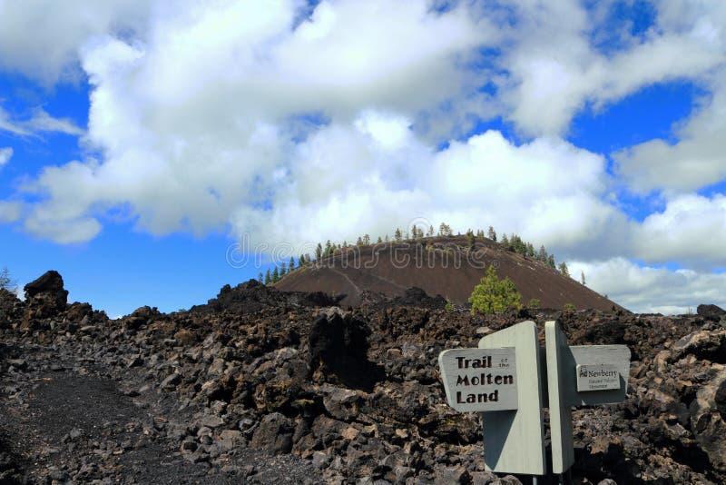 溶解的土地的足迹,纽贝里全国火山的纪念碑,俄勒冈 库存图片