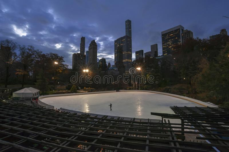 滑冰在纽约中央公园 库存照片