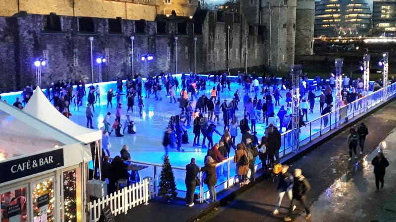 滑冰的伦敦塔 免版税库存照片
