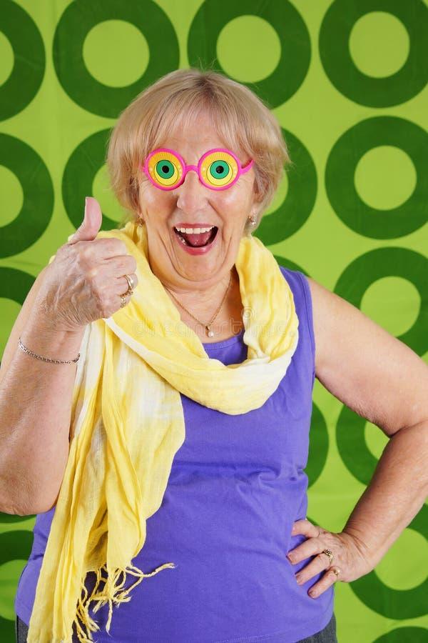 滑稽的凉快的祖母 免版税库存照片