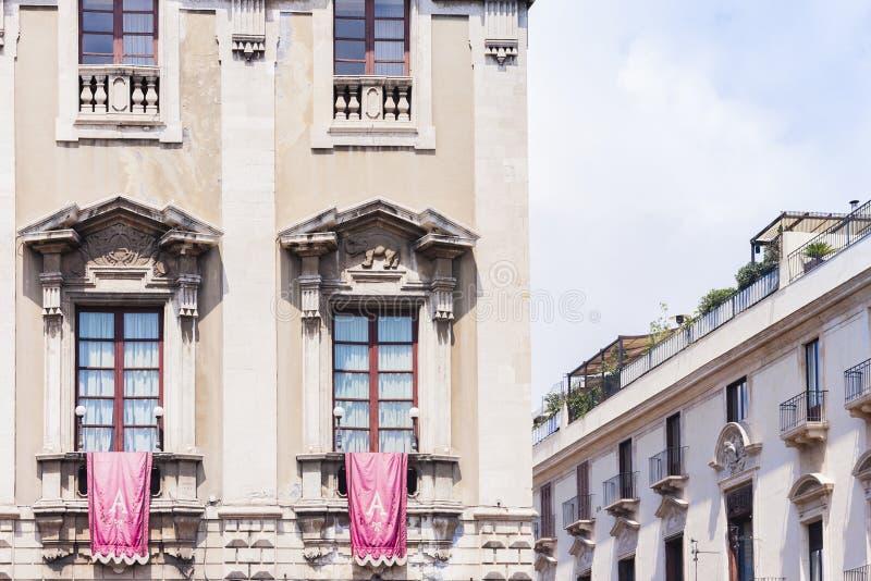 滑稽的宫殿Palazzo degli Elefanti门面在卡塔尼亚,西西里岛,意大利 免版税库存图片