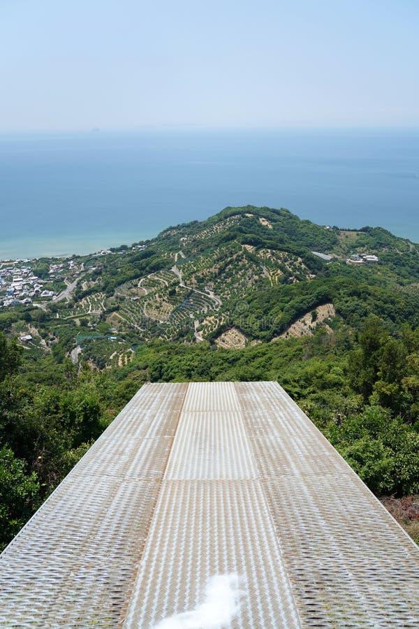 滑翔伞山顶的发射地点 免版税库存图片