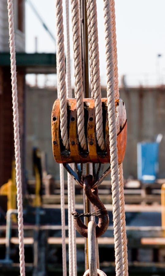 滑轮系住风船 图库摄影