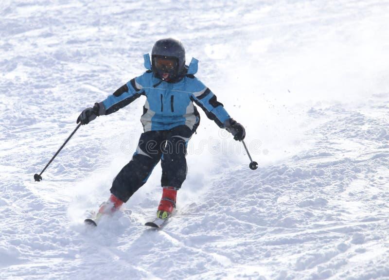 滑雪在雪的人们 库存图片