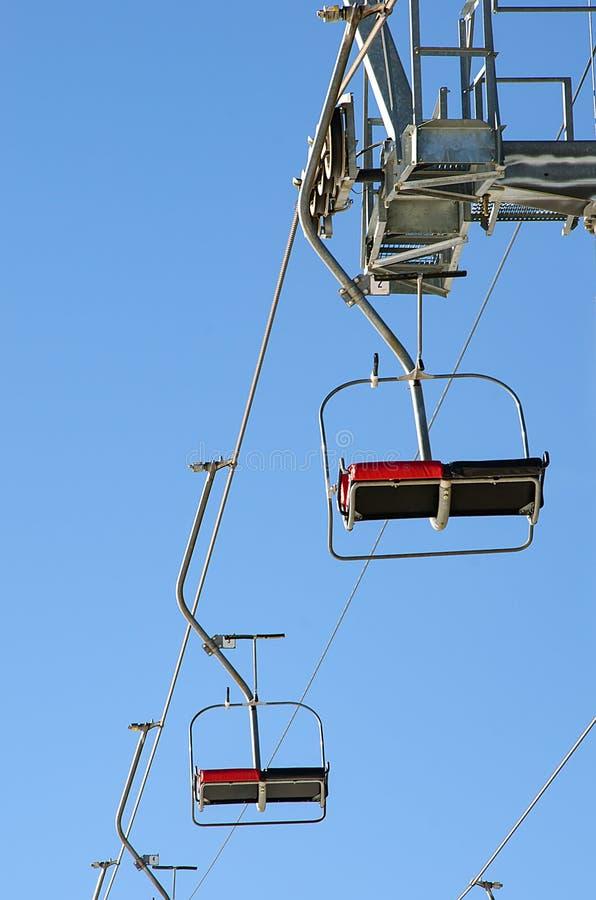 滑雪电缆车空位  库存照片
