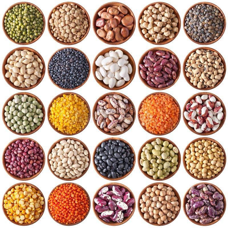 滚保龄球木收集的豆类 库存图片