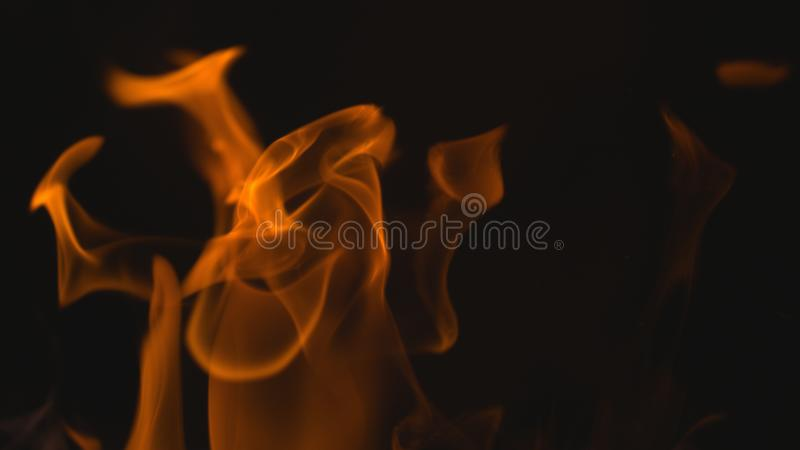 滚滚向前的火焰火背景 免版税库存照片