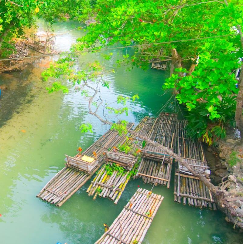 漂流在圣玛丽,牙买加- Ocho里奥斯的怀特河 免版税库存图片