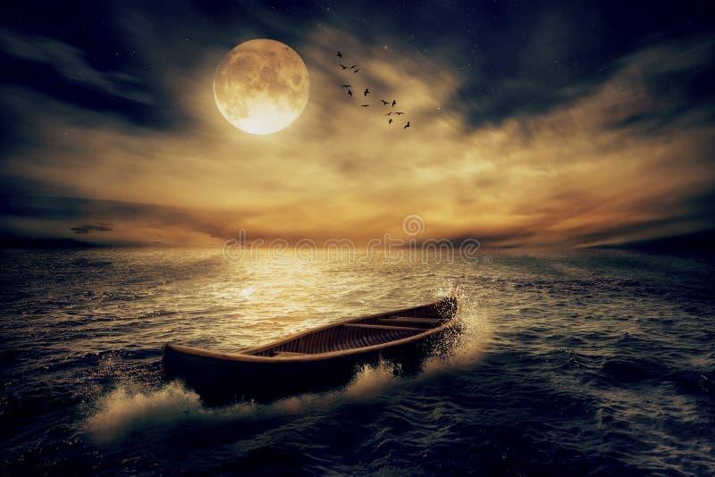 漂移远离过去的小船在海洋中部在风暴以后,不用路线 库存照片