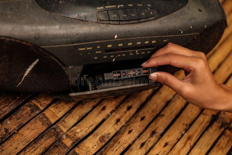 演奏卡式磁带播放机,版本6 库存照片