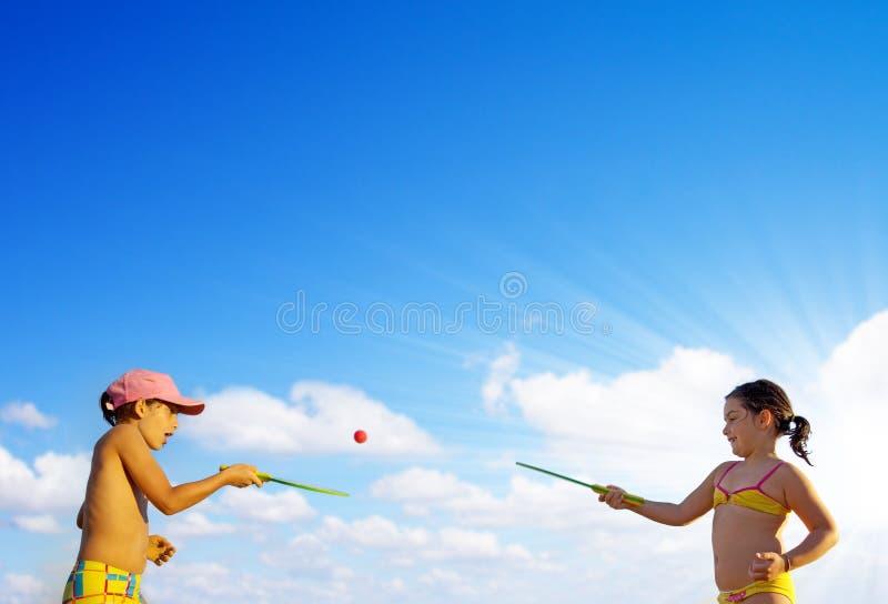 演奏球拍 免版税库存图片