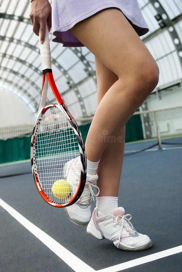 演奏网球妇女 库存图片