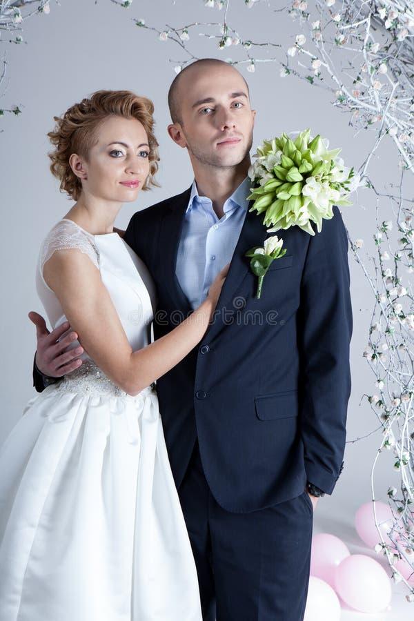 演播室婚礼摄影 免版税库存图片