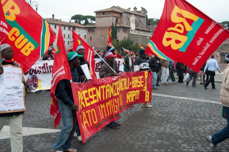演示移民意大利罗马 免版税库存照片