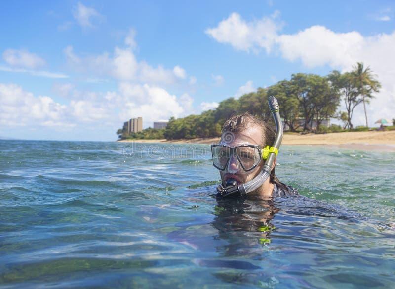 潜航在一个热带海岛上 免版税图库摄影