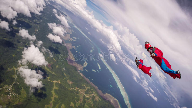 潜水在帕劳的Wingsuit 免版税库存照片