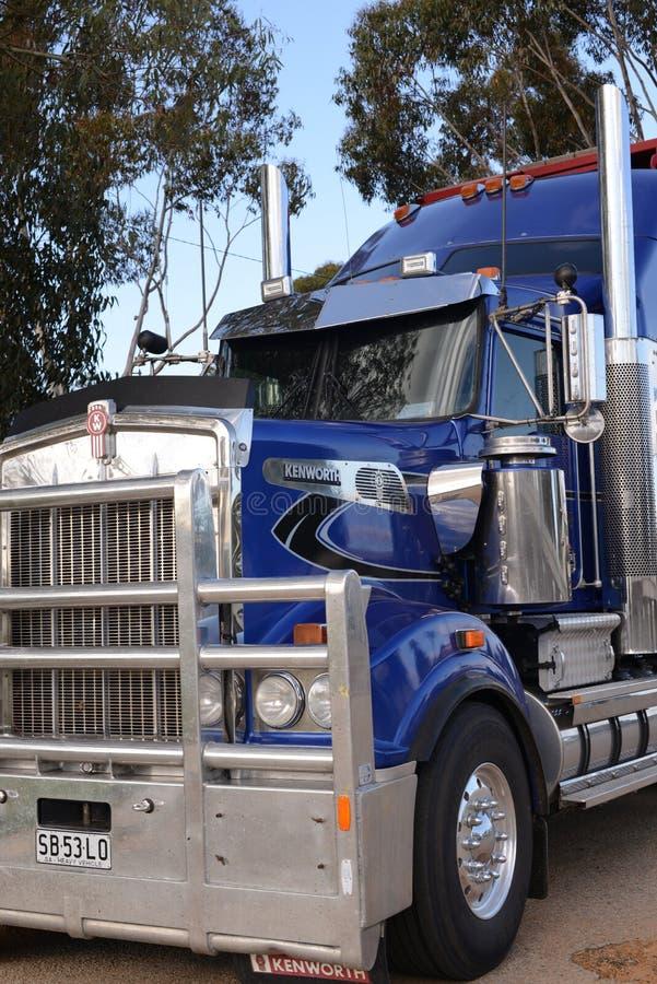 澳大利亚公路列车卡车 图库摄影