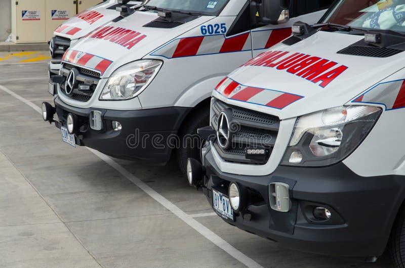 澳大利亚救护车在墨尔本 免版税库存图片