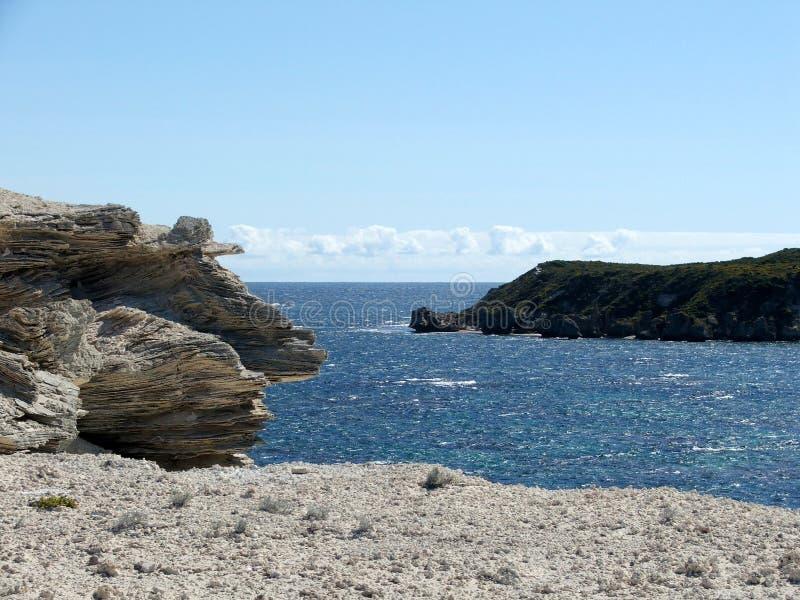 Download 澳大利亚海滩 库存照片. 图片 包括有 backarrow, 平安, 测试, 海洋, 背包, 澳大利亚, 阳光 - 194404