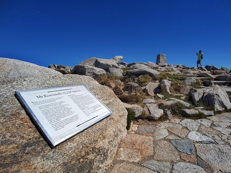 澳大利亚, THREDBO - 2018年3月8日:科修斯科山上面  高峰, 图库摄影