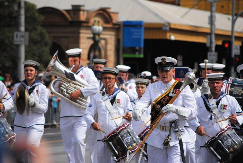澳洲澳大利亚日海军任命游行军官 免版税库存图片