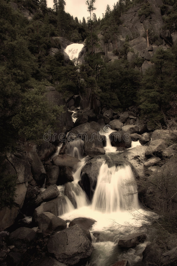 瀑布优胜美地 库存照片