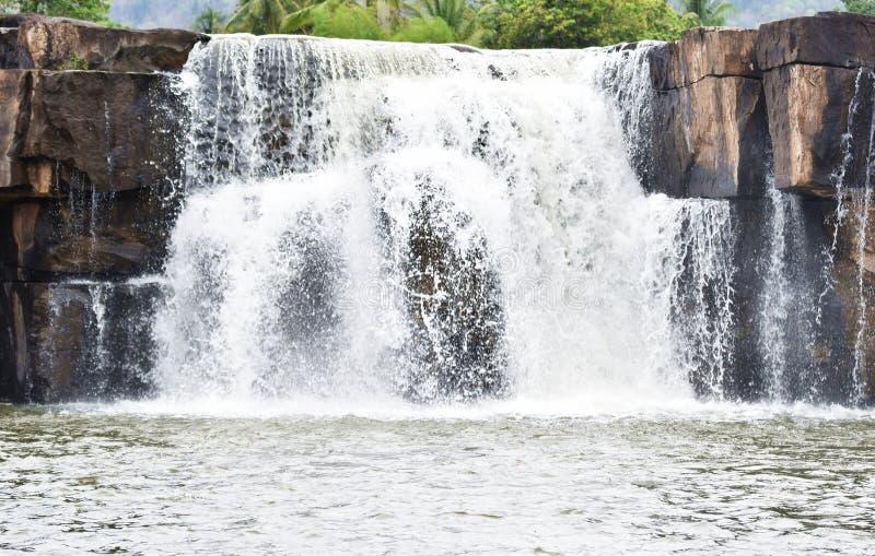 瀑布名字` s Phoy瀑布 免版税图库摄影