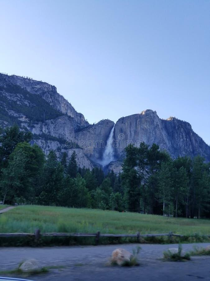 瀑布在加利福尼亚 库存照片