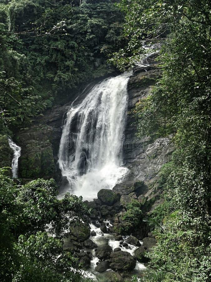 瀑布在喀拉拉 免版税图库摄影