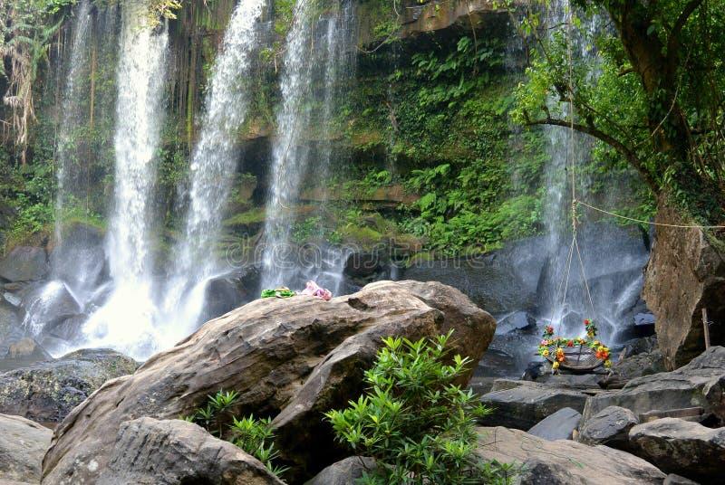 瀑布在国家公园在柬埔寨 免版税库存照片